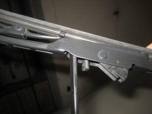 Mengganti karet wiper Mitsubishi Mirage