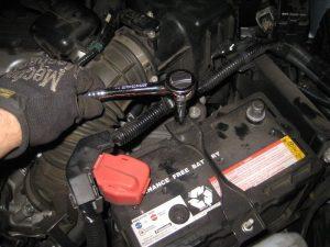Mengganti Baterai Mobil Honda CR-V
