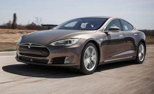 Tesla Model S, Dahlan Iskan, dan Ignasius Jonan