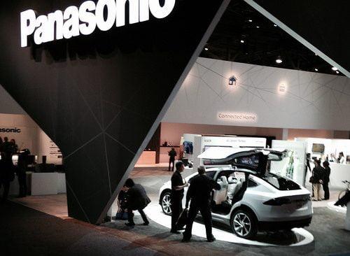 Bujuk Rayu Panasonic pada Tesla Masalah Masa Depan Teknologi Mobil