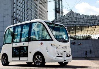 Navya Abaikan Rencana Pasar Mobil Otonom Penuh